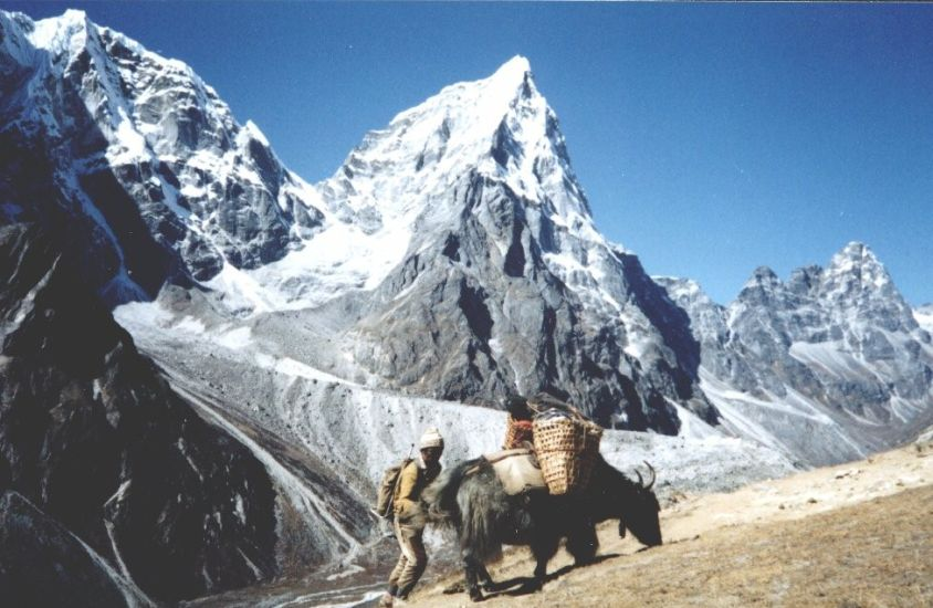 Mt.Cholatse on route to Everest Base Camp