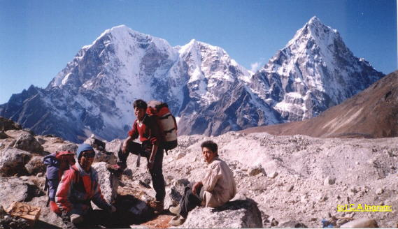 Photo Link to: Photo Treks in the Nepal Himalaya CD Rom
